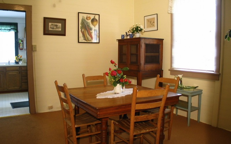 Cottage 4 Dinning room